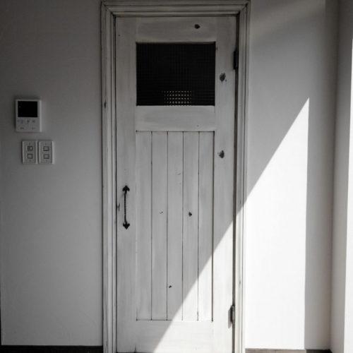 cafe kitchen のあるフレンチハウス ドア