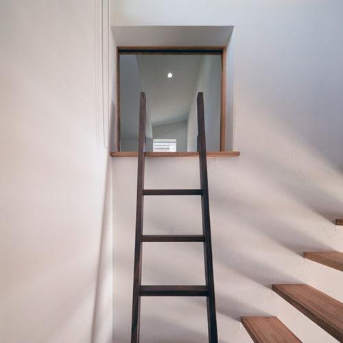 杉と漆喰のパッシブデザインハウス 小部屋