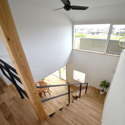 かしの木の家 階段