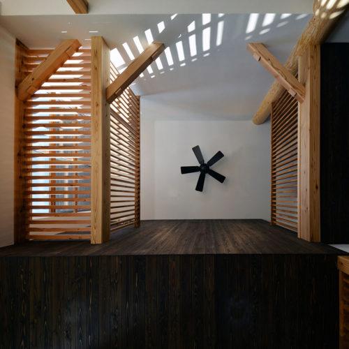 杉と漆喰のパッシブデザインハウス 吹抜