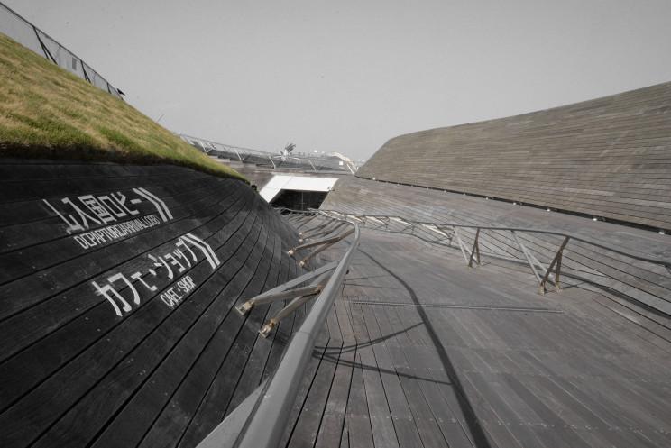 横浜港大さん橋国際客船ターミナル004