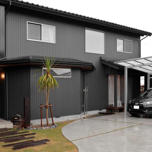 カリフォルニアスタイルの家(リフォーム) 外観