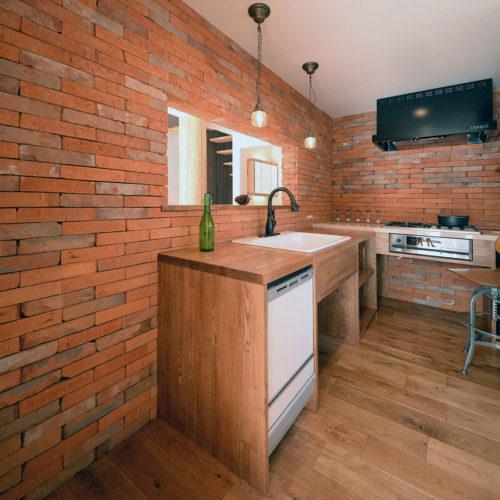 杉と漆喰のパッシブデザインハウス キッチン
